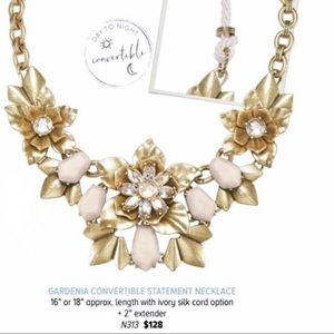 Chloe+Isabel Statement Necklace